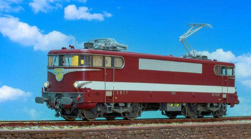 REE 數控音效蒸汽機車及電力機車